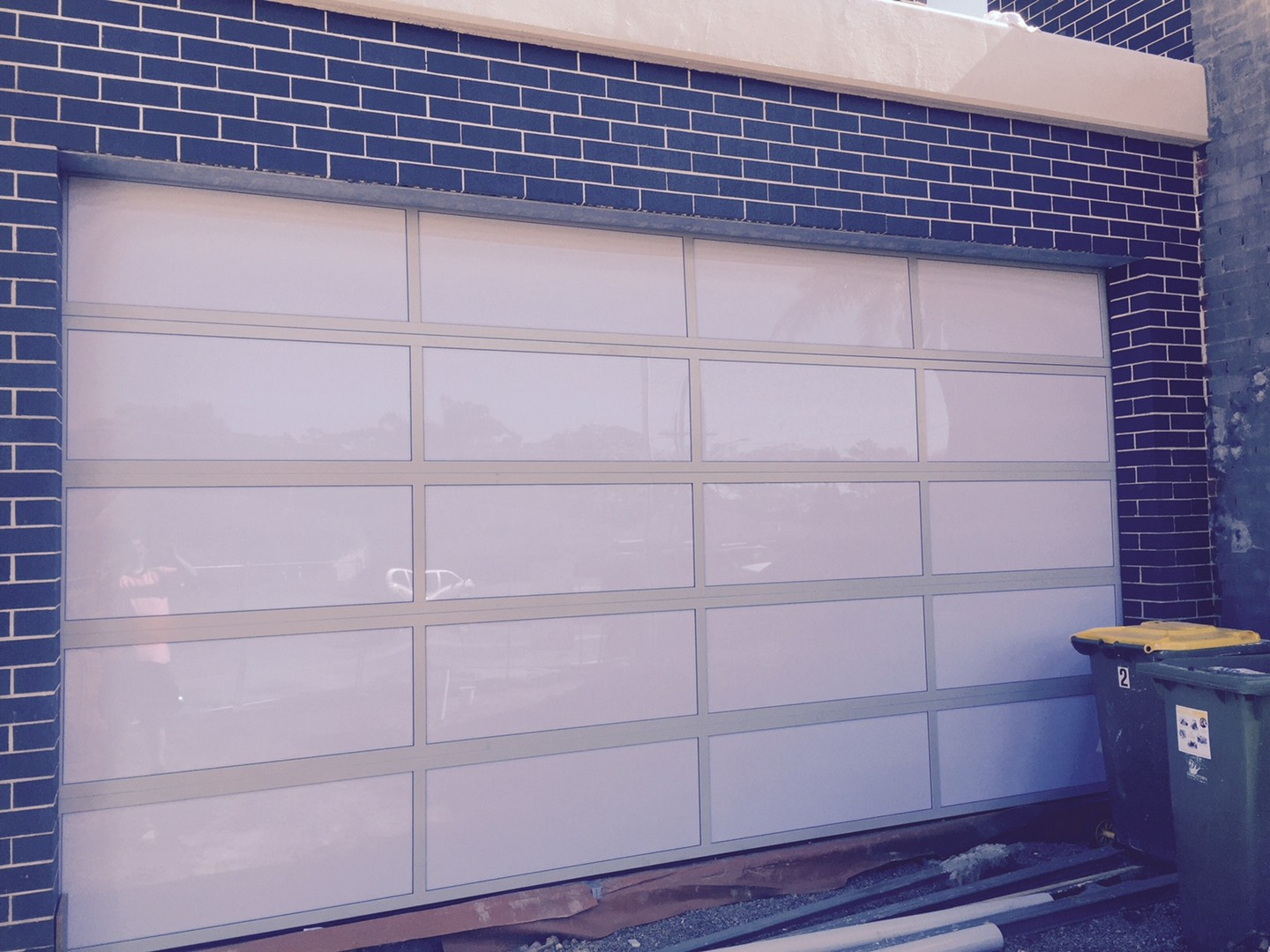 Residential Doors Automatic Garage